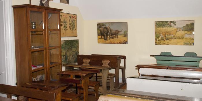 skolestue på Bymuseet i Hillerød med anskuelses tavler