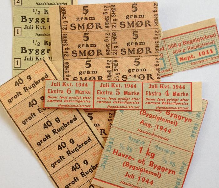 besættelsen Et udvalg af rationeringsmærker
